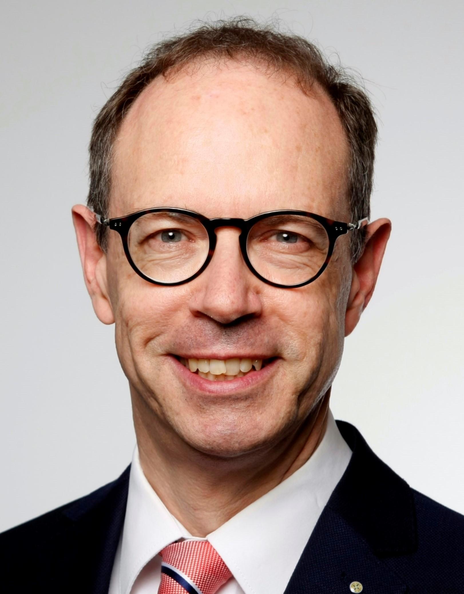 Lauer Hans-Georg